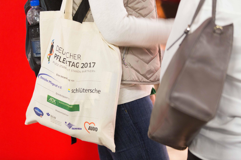 Deutscher Pflegetag 2017 - Die Pflege hat die Wahl