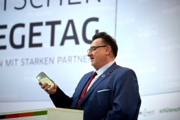 Eröffnungsrede von DPR Präsident Franz Wagner