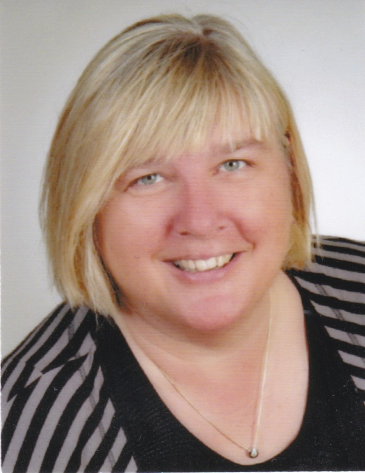 Dr. Anja Katharina Peters
